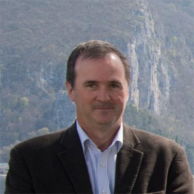 Jens G BOLDT